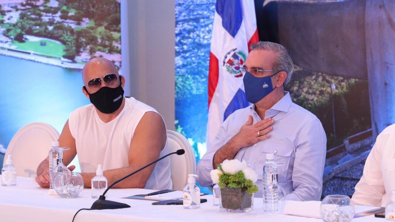 Presidente Abinader presenta plan para el desarrollo turístico de Puerto Plata